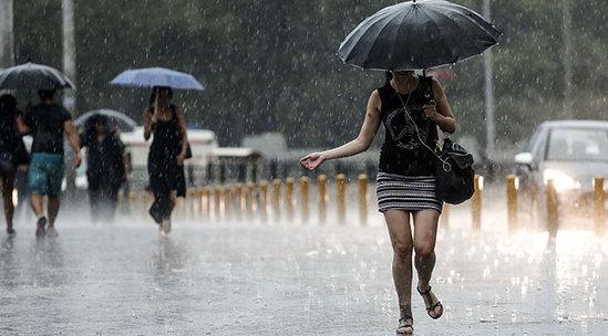 Meteoroloji Uyardı! Bu Geceden İtibaren Kuvvetli Sağanak Yağmur Geliyor
