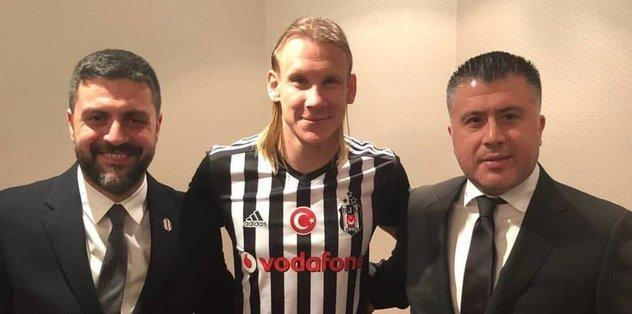 Son Dakika! Damagoj Vida Resmen Beşiktaş'ta