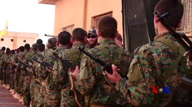 Bu Vidoyu İlk Kez İzleyeceksiniz! YPG Kamplarında Amerikan Askerlerinin Görüntüsü Bu Kadar Açık İlk Kez Yayınlandı!
