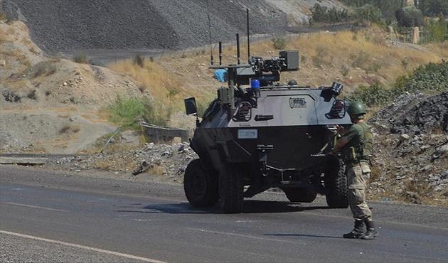 Iğdır'da Korkutan Kaza! Askeri Araç Takla Attı: 5 Asker Yaralı