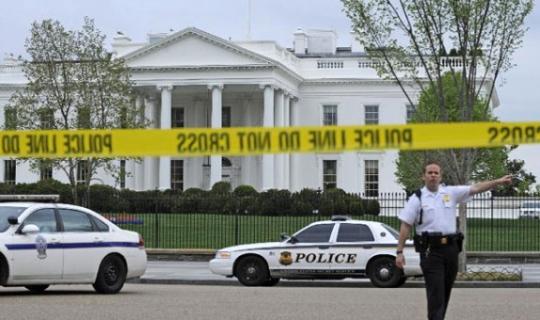 Son Dakika! Beyaz Saray'da Bombalı Paket Alarmı!