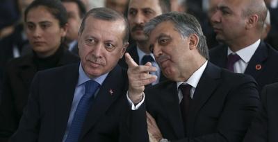 """Abdullah Gül'den Cumhurbaşkanı Erdoğan'a KHK Yanıtı! """"Durumdan Vazife Çıkartacak Bazıları…"""""""
