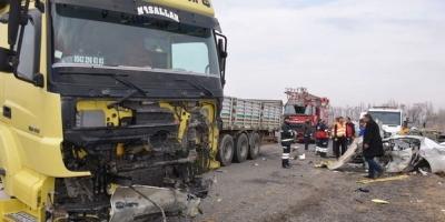 Ağrı'da Katliam Gibi Kaza! 4 Ölü