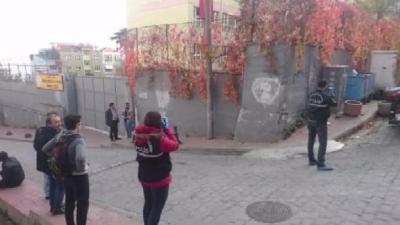 Beyoğlu'nda Lise Öğrencisi Camdan Atlayarak İntihar Etti