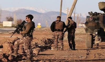 Hakkari'de 25 Bölgeye Giriş Çıkışlar 15 Günlüğüne Kapatıldı