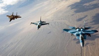 İsrail İran'a Saldırdı! Askeri Üs Füzelerle Vuruldu