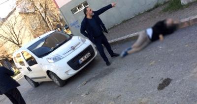 Kocaeli'nde Şok Olay! Genç Kadın Barışmak İsteyen Eski Sevgilisine Sokak Ortasında Kurşun Yağdırdı