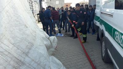 Mardin'de Feci Olay! TIR'la Geri Geri Giderken 3 Yaşındaki Oğlunu Ezdi