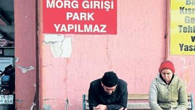 Mersin'de Korkunç Olay! Sevgilisini Bıçaklayıp Yastıkla Boğdu! Sonra Da İntihara Kalkıştı