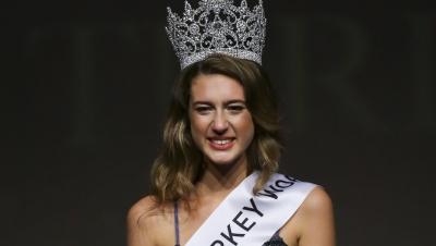 Miss Turkey Birincisinin 15 Temmuz Ayıbı! Tacı Geri Alındı