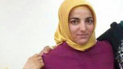 Okuma Yazma Bilmeyen Karısını 29 Yerinden Bıçaklayıp 5. Kattan Aşağıya Attı! İntihar Mektubu Yazılınca Korkunç Gerçek Ortaya Çıktı