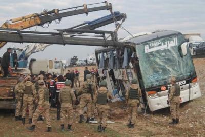 Silopi'de Feci Kaza! Yolcu Otobüsü Şarampole Devrildi! 9 Ölü, 28 Yaralı