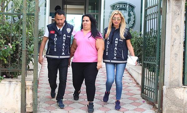 Antalya'da Hastanede Şok Olay! Sonuçları Değiştirmek İçin 2 Bin 500 TL İstedi
