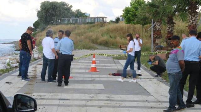 Beylikdüzü Sahilinde Temizlik İşçileri 15 Yaşında Çocuk Cesedi Buldu