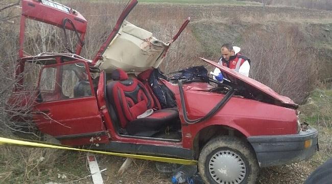 Çorum'da Otomobil Dereye Uçtu! 2 Ölü