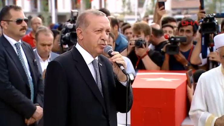 """Cumhurbaşkanı Erdoğan'dan İdam Sinyali! """"Parlamentodan Geçerse Onaylarım"""""""
