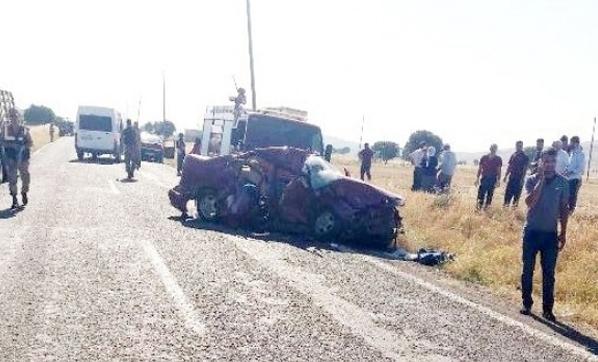Diyarbakır'da Feci Kaza: Ölü ve Yaralılar Var