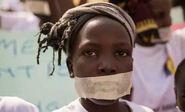 Facebook Üzerinden 16 Yaşındaki Kızı Açık Arttırmada Sattılar