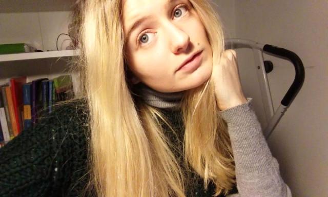 Genç Kız 16 Yaşında Aldığı Kararından Vazgeçmedi! 18 Yaşına Girer Girmez Bekaretini Satılığa Çıkardı