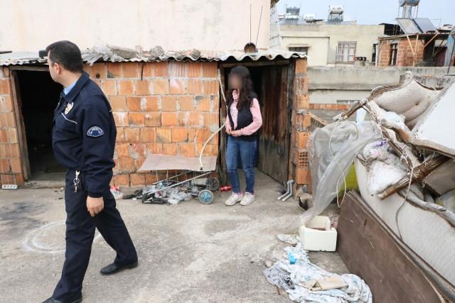 İki Sevgili Ortalığı Birbirine Kattı! Polis Ekipleri Çatı Katına Baskın Yaptı