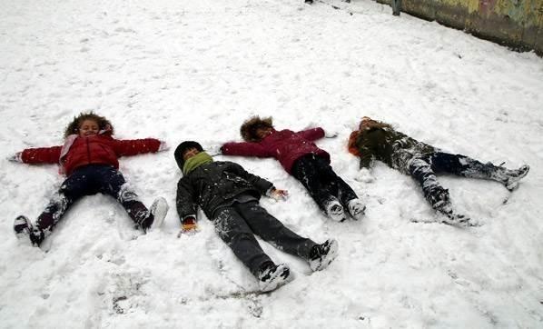İlk Kar Tatili Haberi Geldi! Kar Nedeniyle Pülümür'de Eğitime 2 Gün Ara Verildi