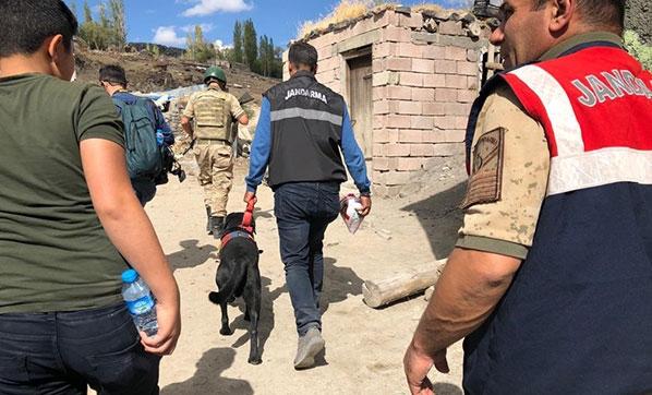 Kars'ta Kaybolan 9 Yaşındaki Sedanur İçin Herkes Seferber Oldu