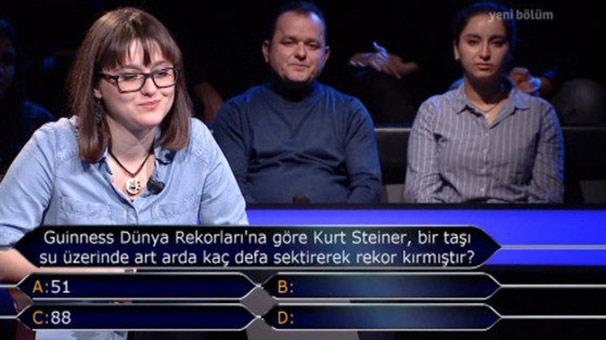 'Kim Milyoner Olmak İster'de Telefon Jokeri Şoku! Yarışmacı Rezil Oldu
