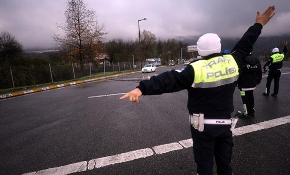 Polisler Tek Tek Kontrol Ediyor! Bugün Resmen Başladı ve Zorunlu
