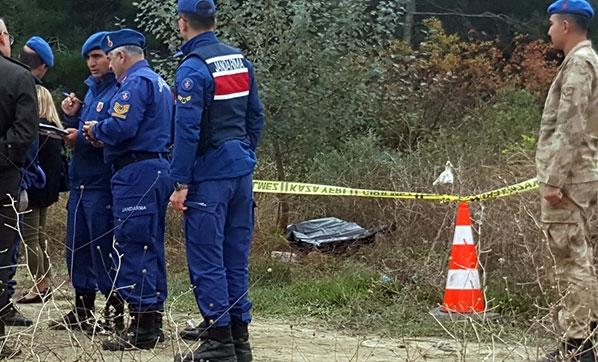 Sakarya'da Erkek Cesedi ve Yanında Ağır Yaralı Kadın Bulundu