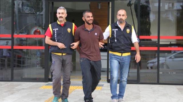 Tatil İçin Antalya'ya Gelen Ünlü Şarkıcı Cinayetten Tutuklandı