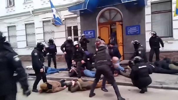 Ülke Şokta! Silahlarla Karakolu Bastılar, Özel Harekat Devrede