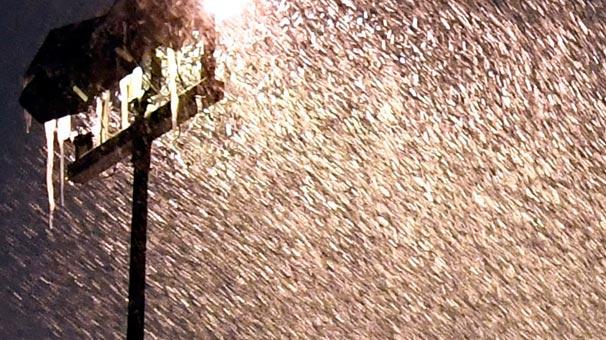 ABD'de Hayat Durdu! Kar Fırtınasından Kötü Haberler Peş Peşe Geliyor!