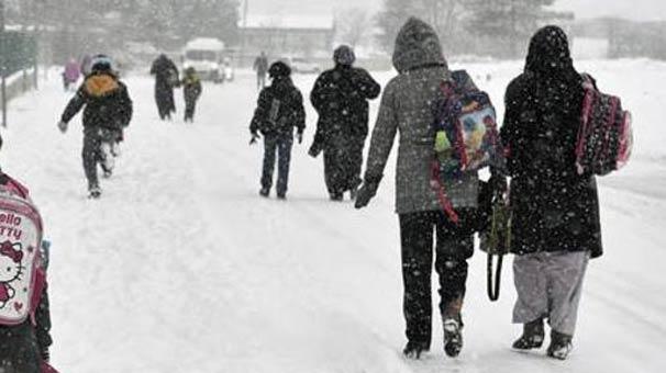 Eğitime Kar Engeli! Peş Peşe Kar Tattilleri Geliyor