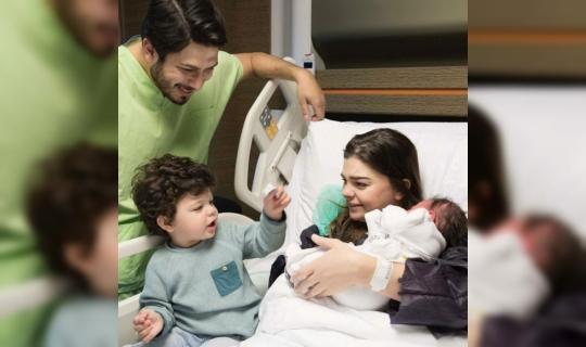 Ünlü Oyuncu Pelin Karahan İkinci Bebeğini Kucağına Aldı!