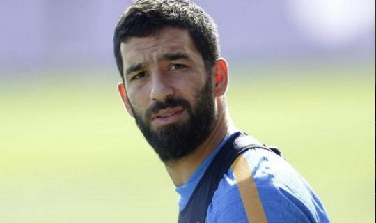 Arda Turan'dan Sevindirici Haber! Yıldız Futbolcu Ne zaman Sahalara Dönecek?