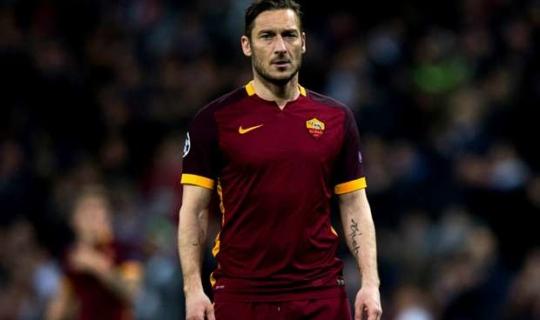 Efsane Kaptan Totti Suriye'de Yapılan Saldırıya Sessiz Kalamadı!