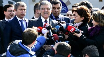 """Abdullah Gül Cumhuriyet Gazetesi'ne Sahip Çıktı! """"Tutuksuz Yargılanmalılar"""""""
