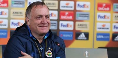 """Advocaat Fenerbahçe'ye Mesaj Gönderdi! """"Oynadığınız Oyun…"""""""