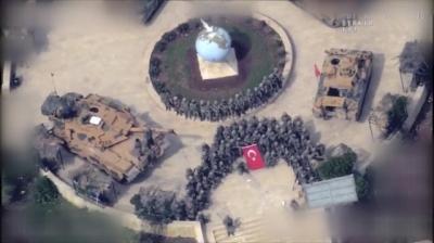 Afrin'de Zafer Mehmetçiğin! Teröristleri Tek Tek Temizleyen Askerlerimiz Hilal Oluşturarak Zafer Pozu Verdi