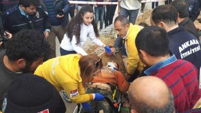 Ankara'da İşçi Göçük Altında Kaldı! Esnafın Uzattığı Su Hortumuyla Hayata Tutundu