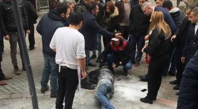 Balıkesir'de Şok Olay! Belediyenin Önünde Kendisini Yaktı