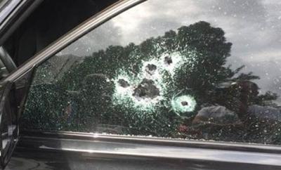 Beylikdüzü'nde Lüks Otomobile Silahlı Saldırı