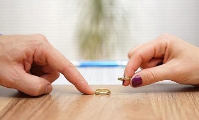 Böyle Ayrılık Nedeni Görülmedi! 15 Günlük Evli Çift Patates Soğan Yüzünden Ayrıldı