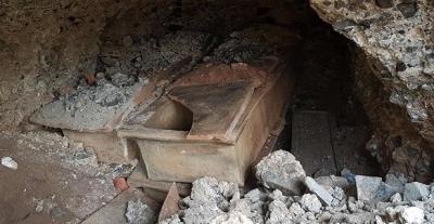 Camii Yapılacak Arsadan Tarihi Mezarlar Çıktı