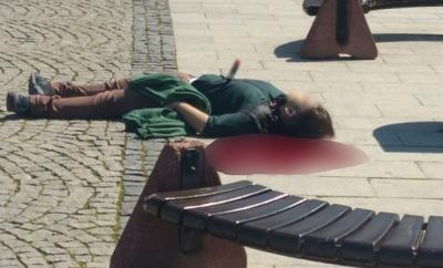 """Çanakkale'de Korkunç Olay! Herkesin Ortasında """"Tecavüzcü Diye Bağırıp"""" Önce Kalbinden Bıçakladı, Sonra Silahla Vurdu"""