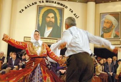 Din Kültürü Derslerinde Atatürkçülük Komple Kaldırıldı! Ek Olarak Alevilik Eklendi