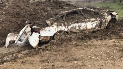 Diyarbakır'da PKK'ya Büyük Darbe! O Araba Çukura Gömülü Halde Bulundu