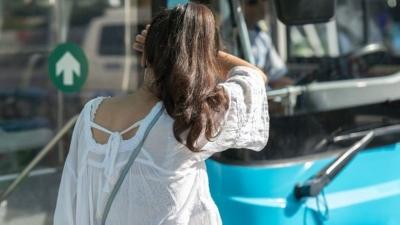 Düzce'de Sapık Yolcu Dehşeti! Otobüste Kızların Saçlarını Okşayıp Mastürbasyon Yaparken Yakalandı! Çantasından Kadın İç Çamaşırları Çıktı