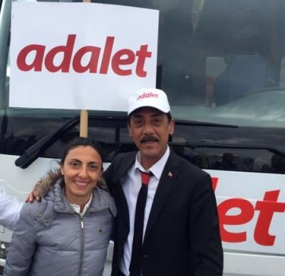 Erdoğan'a Şarkı Yazan Ankaralı Turgut, CHP'nin Adalet Yürüyüşüne Katıldı