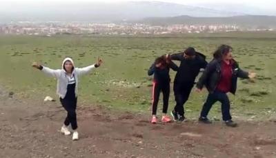 Erzurum'da Dehşet! Dört Arkadaş İki Genç Kızı Dağa Götürüp...